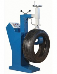 multiple working-position tires renewing vulcanizing machine